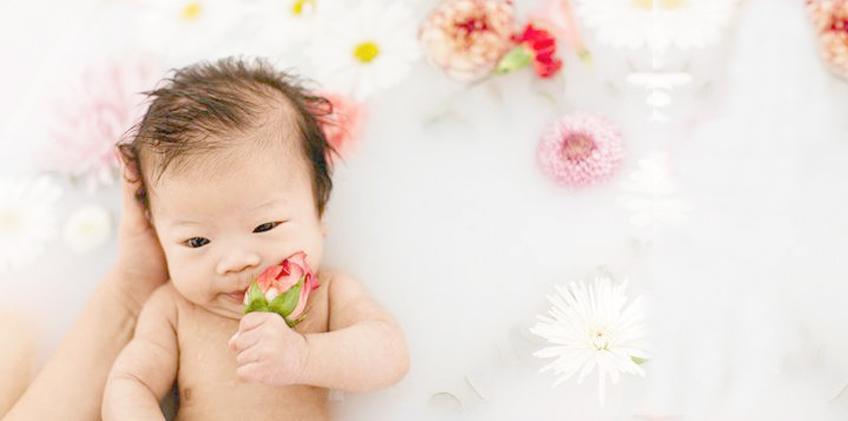 Cara Memandikan Bayi Baru Lahir, Panduan untuk Ibu Baru ...