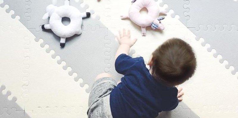 top image permainan indoor untuk melatih motorik bayi