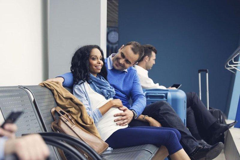 trik agar aman dan sehat saat babymoon di trimester kedua cover 02