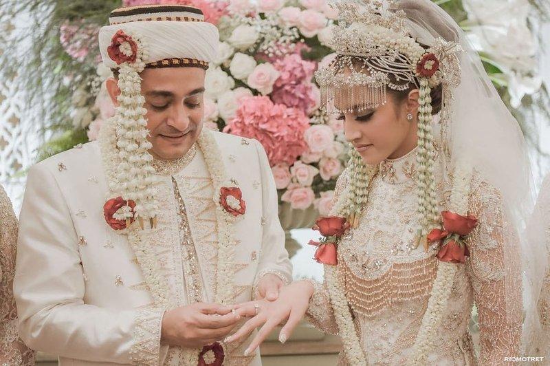 pernikahan tsamara amany