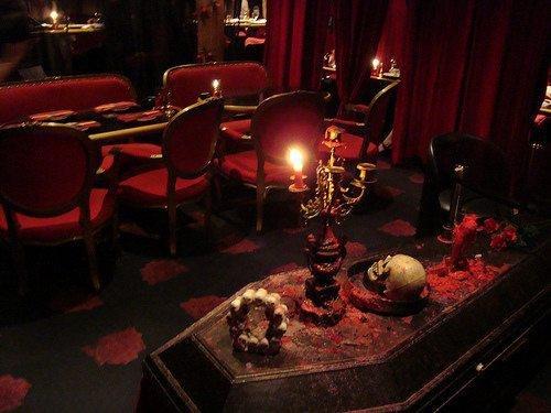 vampire cafe japan 2