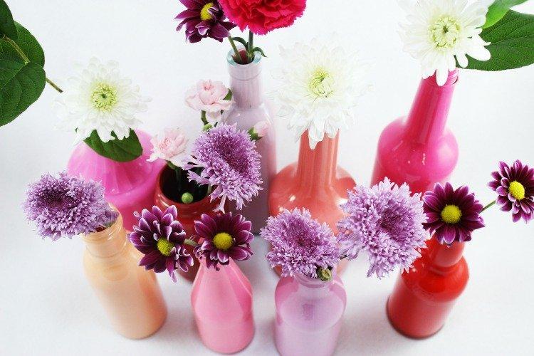 vas bunga dari botol bekas.jpg