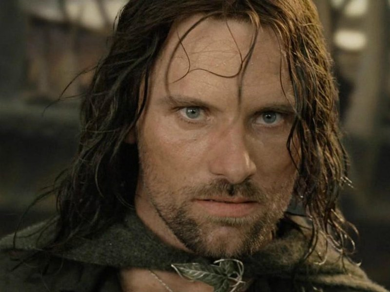 viggo mortensen as aragorn in lord of the rings