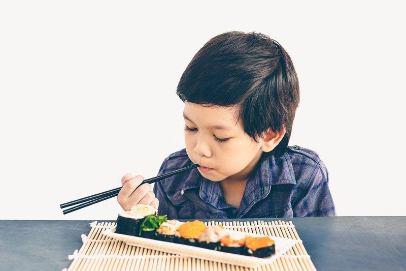 Resep sushi untuk anak, dapat disisipkan sayuran