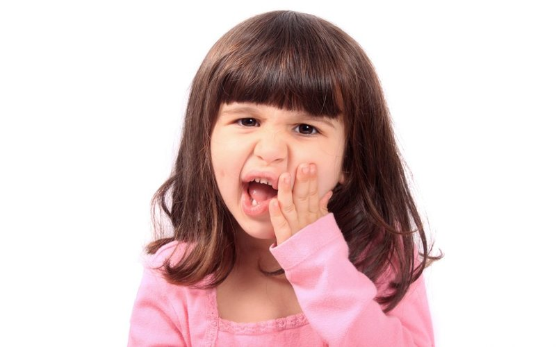 what-to-do-if-your-child-has-a-toothache-1080x675.jpg