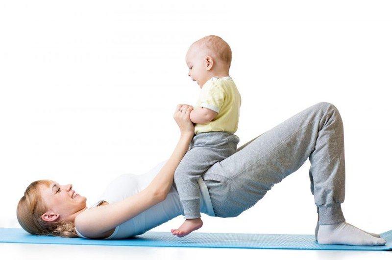 xx pose yoga yang bisa moms lakukan bersama si kecil 2