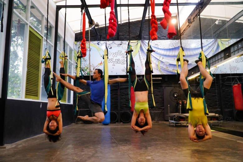 yoga, studio yoga