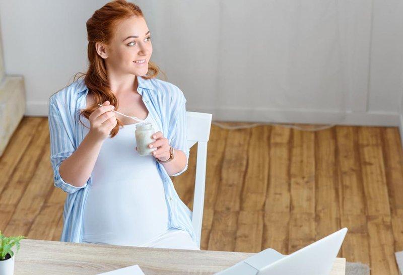 yogurt memiliki banyak nutrisi untuk ibu hamil