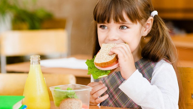 yuk, biasakan anak mengurangi sampah makanan sejak kecil 1