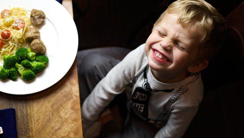 yuk moms, ikuti cara menanamkan kebiasaan makan sehat pada balita 5
