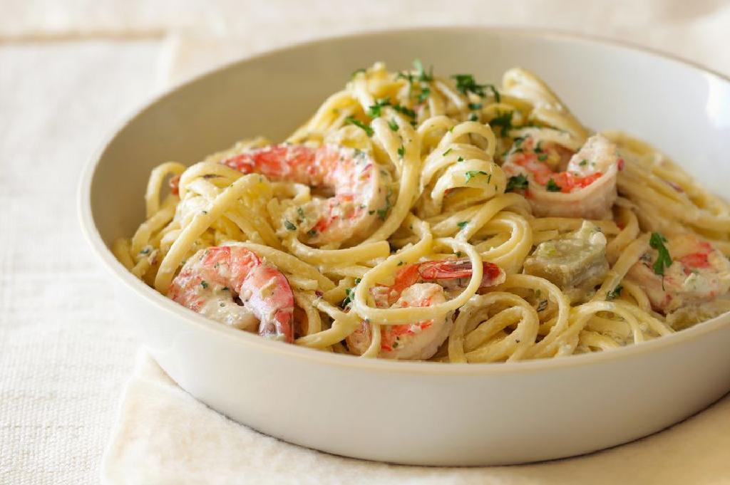Ingin Sajikan Hidangan Italia? Coba 5 Resep Spaghetti Carbonara yang Lezat  untuk Keluarga!   Orami